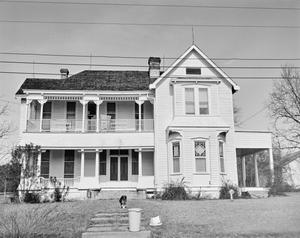 Primary view of object titled '[Historic Property, Photograph THC_13-1388]'.