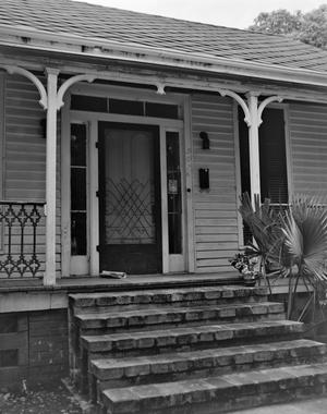 Primary view of object titled '[Historic Property, Photograph THC_14-0676]'.