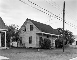 Primary view of object titled '[Historic Property, Photograph THC_12-1367]'.