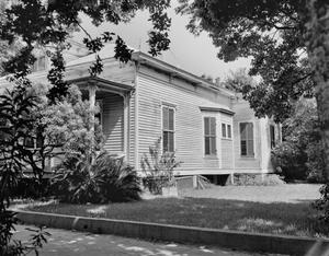 Primary view of object titled '[Historic Property, Photograph THC_14-0129]'.