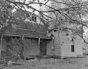 Primary view of object titled '[Historic Property, Photograph THC_13-0123]'.