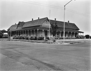 Primary view of object titled '[Annie Riggs Hotel, (Northwest corner)]'.