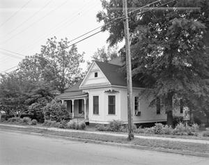 Primary view of object titled '[Historic Property, Photograph THC_16-1088]'.