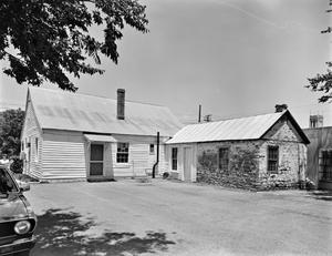 Primary view of object titled '[Historic Property, Photograph THC_12-0220]'.