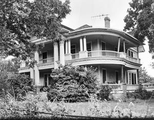 Primary view of object titled '[McClanahan-Stiles House, (South oblique)]'.