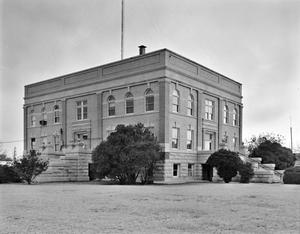 Primary view of object titled '[Foard County Courthouse]'.