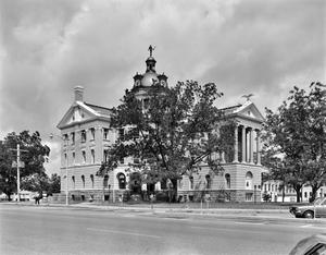 Primary view of object titled '[Harrison County Courthouse, (Southeast oblique)]'.