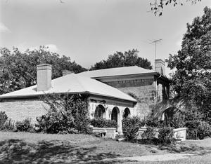 Primary view of object titled '[Braden House]'.
