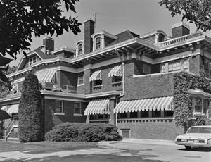 [Landergin House, (Southwest oblique of West (rear) facade)]