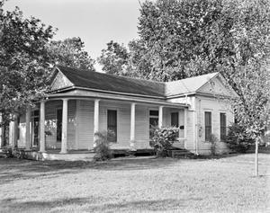 Primary view of object titled '[Historic Property, Photograph THC_15-1383]'.