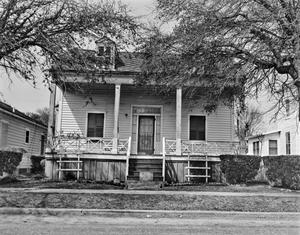 Primary view of object titled '[Historic Property, Photograph THC_14-0464]'.