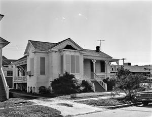 Primary view of object titled '[Historic Property, Photograph THC_14-0311]'.