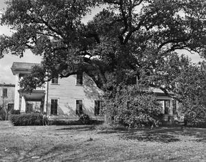 Primary view of object titled '[Historic Property, Photograph THC_13-1302]'.