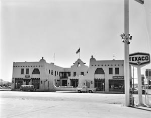 Primary view of object titled '[El Capitan Hotel]'.