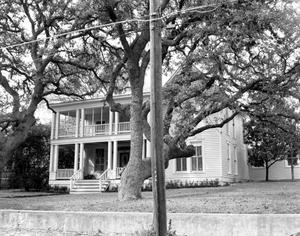 Primary view of object titled '[Robert Hixon Belvin Home]'.
