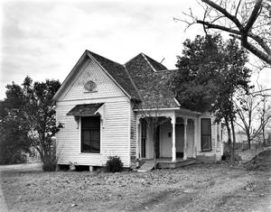 Primary view of object titled '[Historic Property, Photograph THC_11-0442]'.