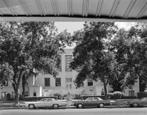 Primary view of object titled '[Guadalupe County Courthouse]'.