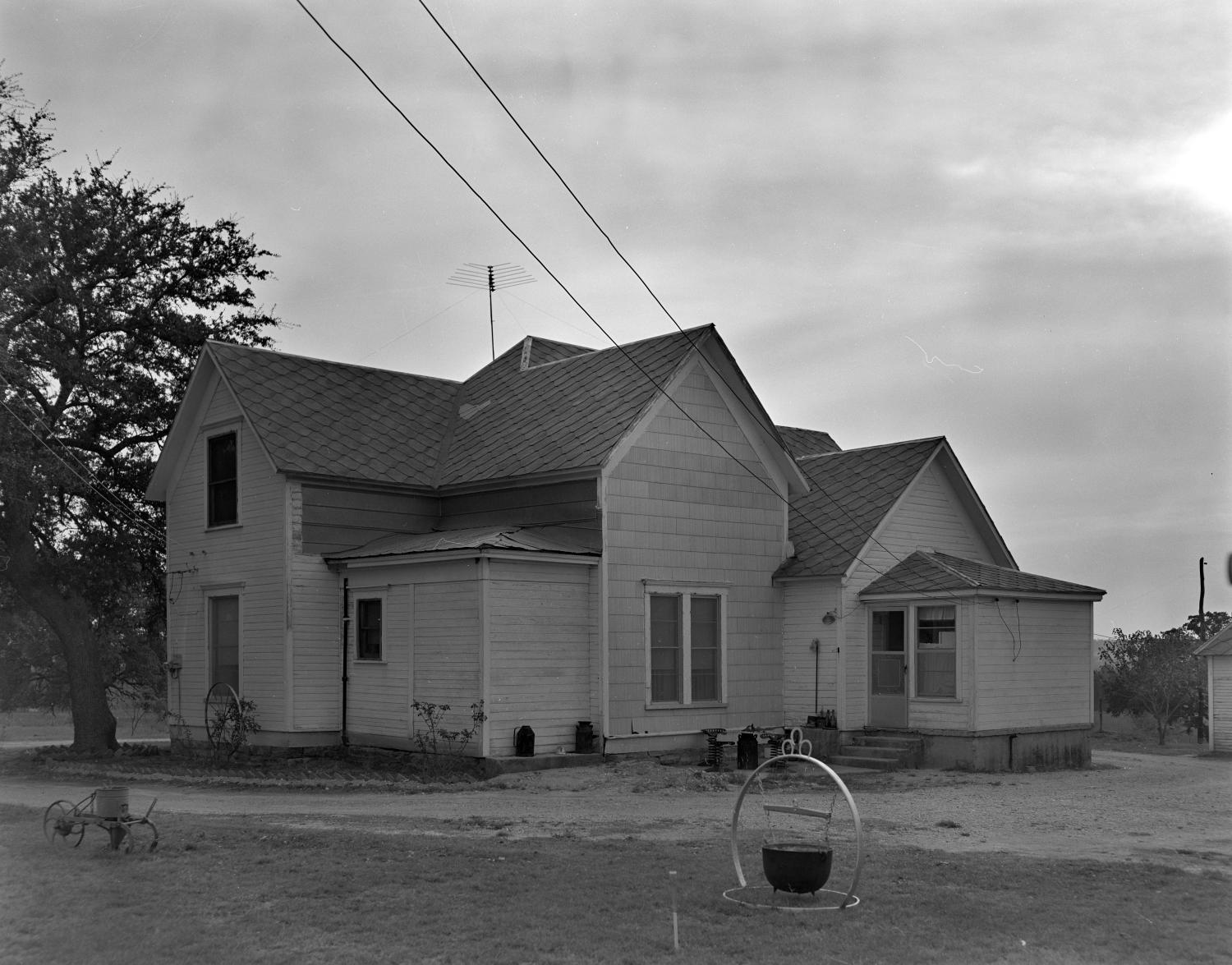 [Historic Property, Photograph THC_17-0320]                                                                                                      [Sequence #]: 1 of 1