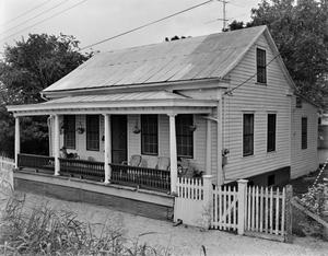 Primary view of object titled '[Historic Property, Photograph THC_12-0116]'.