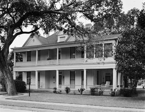 Primary view of object titled '[Ewing House]'.