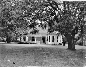 Primary view of object titled '[Munson-Johnson-Smith House, (East elevation)]'.