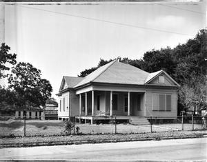 Primary view of object titled '[Pace-Colby House, (Southeast oblique)]'.
