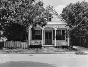 Primary view of object titled '[Historic Property, Photograph THC_12-0144]'.