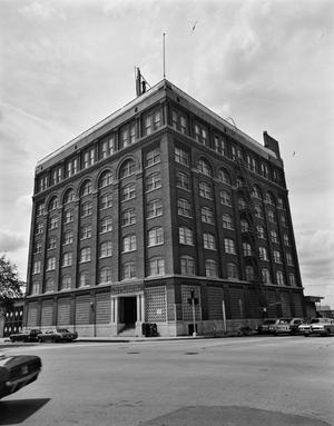 Primary view of object titled '[Southern Rock Island Building (Texas School Book Depository Building)]'.