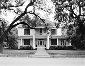 Primary view of object titled '[Dr. C.B. Patton House]'.