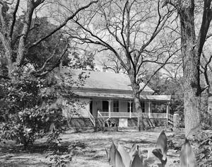 Primary view of object titled '[Historic Property, Photograph THC_12-0208]'.