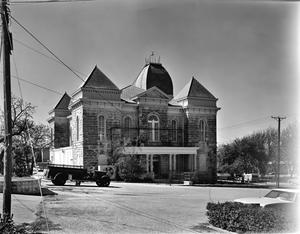 Primary view of object titled '[Crockett County Courthouse, (Northeast oblique)]'.
