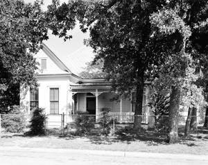 Primary view of object titled '[Historic Property, Photograph THC_17-0649]'.