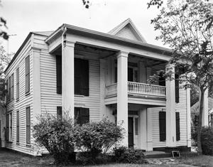 Primary view of object titled '[Historic Property, Photograph THC_11-0578]'.