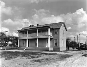 Primary view of object titled '[Drummer's Hotel]'.