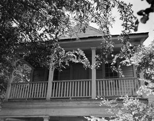 Primary view of object titled '[Historic Property, Photograph THC_15-1072]'.