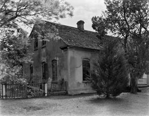 Primary view of object titled '[Gohlke House, (Northwest oblique)]'.