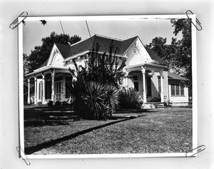 Primary view of object titled '[Mathews-Powell House, (Southeast oblique)]'.