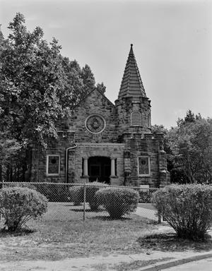 Primary view of object titled '[Scottsville Chapel]'.