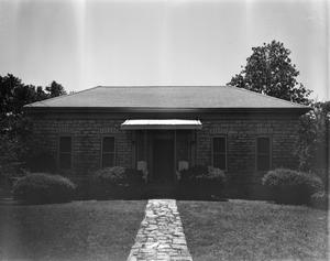 Primary view of object titled '[Historic Property, Photograph THC_17-0749]'.