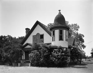 Primary view of object titled '[Moore House, (Northwest oblique)]'.