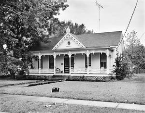Primary view of object titled '[Historic Property, Photograph THC_11-1360]'.