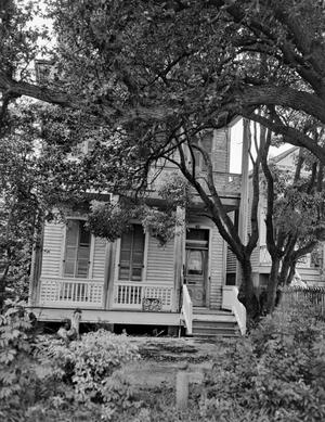 Primary view of object titled '[Historic Property, Photograph THC_14-0169]'.