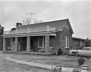 Primary view of object titled '[Central Baptist Church Annex]'.