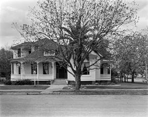 Primary view of object titled '[Dornbluth-Cole House, (East elevation)]'.