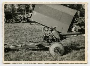 Primary view of object titled '[A Small Field Artillery Piece]'.