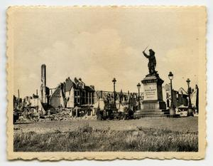 Primary view of object titled '[Photograph of Jean Bart Statue]'.