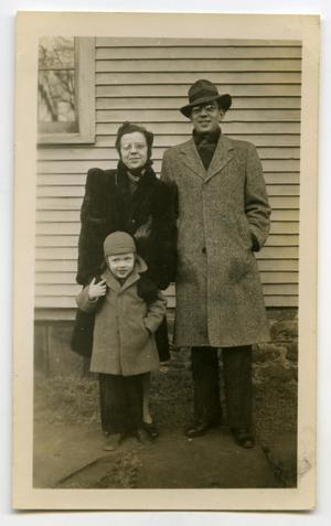 Primary view of object titled '[Photograph of a Man, a Woman, and a Child]'.