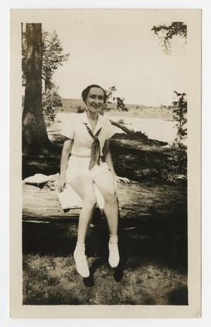 Primary view of object titled '[Photograph of Mary Dorothy Pierce at Kerrville, Texas]'.