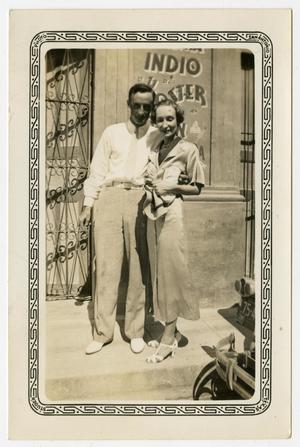Primary view of object titled '[Photograph of George E. Pierce and Mary Dorothy Goodrich Pierce in Monterrey, Mexico]'.