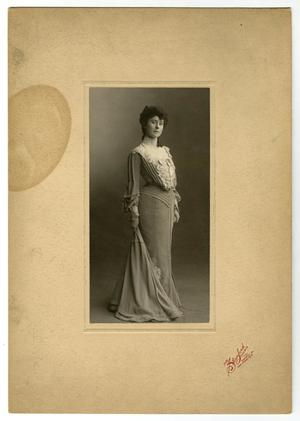 [Portrait of Mamie Emmons Caldwell]